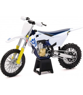 Moto Miniature NewRay...